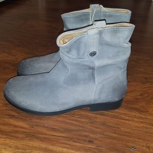 Birkenstock Sarnia Gray Waxed Suede Ankle Boot